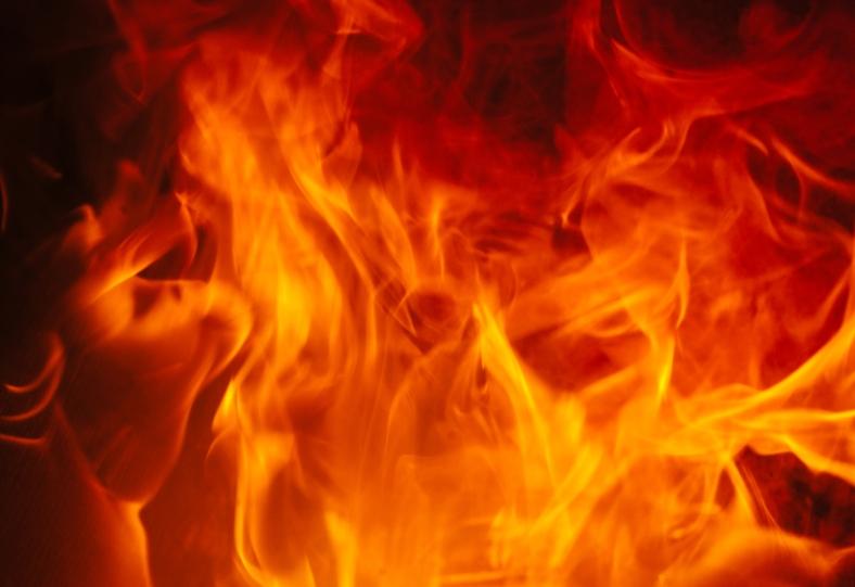 fire-orange-emergency-burning